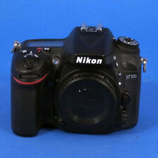 Nikon  D7100 24.1 MP SLR-Digitalkamera - Schwarz (Nur Gehäuse)