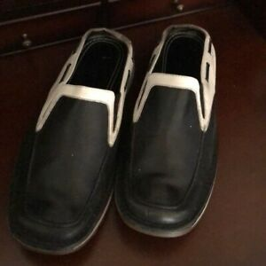 Kenneth Cole black white mules shoes
