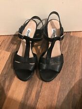 Brand New Black Leather Strappy Wedges Clarks Softwear Size 6.5 Immaculate