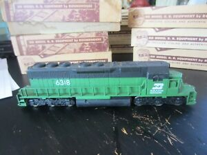 h o trains: Excellent running 6 axle 2 truck drive BURLINGTON NORTHERN road dies