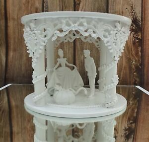 "WHITE HAND MADE PRINCESS FAIRY TALE CINDERELLA WEDDING CAKE SEPERATER  8"""