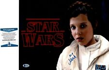 """MILLIE BOBBY BROWN as LEIA  SIGNED 11X14  PHOTO """"STAR WARS"""" BECKETT"""