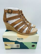Earth Shoes Women's Woodland Sunny Strappy Wedge Sandals - Sand Brown Leather