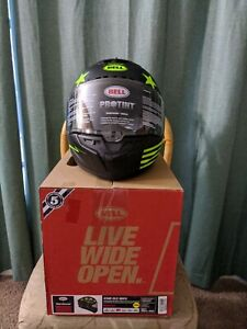 Bell Star DLX MIPS Fast house Helmet W/Protint Size Medium 57-58cm Black/Green