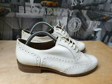 CLARKS SOFTWEAR CREAM PATENT LEATHER BROGUES SHOES SIZE 5 D