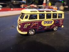 >  Johnney  lightning / JL >  limeted  edition   PEZ   21 window  VW bus,> MINTY