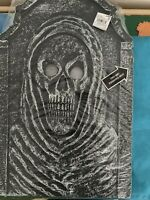 Brand New Ashland Halloween Light Up Tombstone Skeleton Face 21x14  One Piece