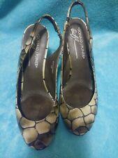 DONALD J PLINER Gray Distressed Papina6666 Snakeskin Embossed Heels 6M
