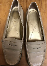 ENZO ANGIOLINI WOMENS Patent Leather Loafers Eakitten Size 9M EUC