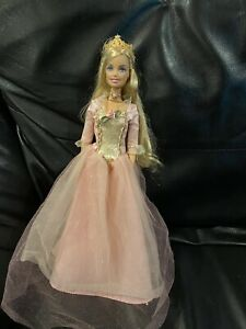 Barbie Princess And The Pauper Princess Anneliese Doll Rare. Sings.