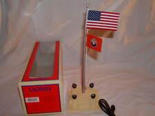 Lionel 6-84307 American & Lionel Flag Pole Plug Expand Play O 027 MIB Flagpole