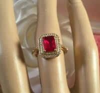 Vintage Jewellery Gold Ring with Ruby and White Sapphires Antique Deco Jewelry