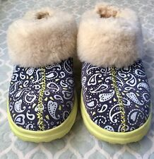 Uggs I Heart Dreams Paisley Print Size 8 Rubber Sole Booties Boots Slippers EUC!