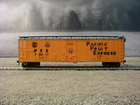 Roco 50' Plug Door Boxcar Reefer PACIFIC FRUIT EXPRESS PFE 78411 HO Scale