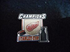 DETROIT RED WINGS 1998 STANLEY CUP CHAMPIONS LIMITED EDITION LAPEL PIN