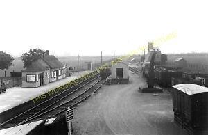 Stratton Railway Station Photo. Swindon - Stanton. Highworth Line. GWR.(2)