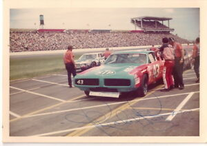 Richard Petty PLYMOUTH STP #43 PIT STOP WINSTON CUP autographed 3x5 photo 1 of 1