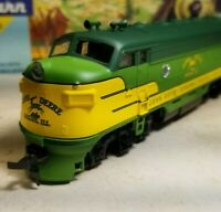 Athearn  John Deere F7 A rtr series locomotive train engine HO  powered nos