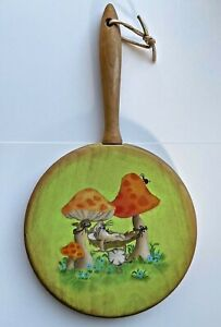 Tillamook cheese Wood painted cutting Board Mushrooms Mouse Decor Hanging NEW