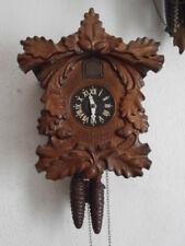 Reloj antiguo de pared alemán con canto de cucu cuco péndulo funciona con pesas