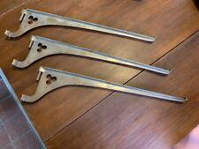 """Set of 3 Antique Bronze Shelf Supports 3-Leaf Clover, 20"""""""