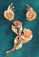 RETRO 14K YELLOW GOLD  DIAMOND  AND RUBY BROOCH AND EARRINGS SET