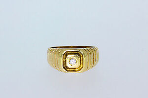 871-585er Gelbgoldring mit Zirkonia Ringgroße 58,5 Gewicht 6,3 gramm