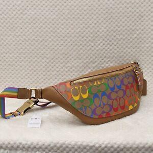 BNWT Authentic Coach Men's Rainbow Belt bag