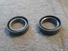 NOS 1983 - 1986 FORD F150 F250 F350 BRONCO 4 SPEED TRANSMISSION OIL SEALS PAIR