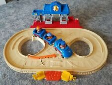 Fisher Price Little People Train Cars Railroad Station Track Engineer Locomotive