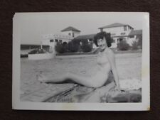 SEXY CURLY DARK HAIRED LADY IN BIKINI Vintage 1940's PHOTO