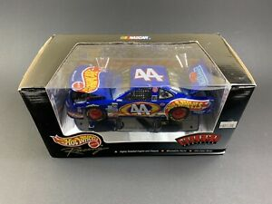 "1999 Kyle Petty #44 ""Hot Wheels"" Grand Prix NASCAR 1:24 Scale ~ Select ~ HOTO"