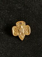 Vintage Girl Scouts Gold Tone Membership Pin R Hallmark Safety Clasp Latch