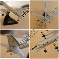 Tupolev Tu-20 Bear Metall 861g 1:144 DieCast Military Aircraft sehr RAR
