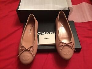 Chanel Shoes Size 2 (35) New!