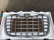 Chrysler 300C Front Chrome Grill 2004 - 2010 BRAND NEW GENUINE CHRYSLER
