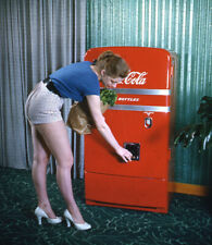 Vintage Stereo Realist Photo 3D Stereoscopic Slide PINUP Groceries Coke Machine