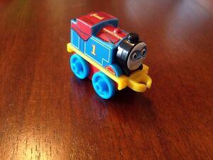* Thomas & Friends Minis !!** SUPER Hero Thomas! * 2015 #19 ** WEIGHTED * RARE *