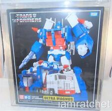 Transformers Masterpiece MP-22 AFA 8.5 Ultra Magnus MISB Sealed