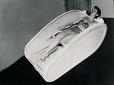Femme dans Sauna c. 1950 - Soins de Beauté - DIV 9114