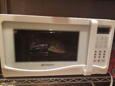 Emerson microwave. Model number Mw1107W.