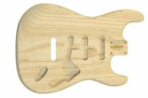 Fender® licensed Allparts Stratocaster Korpus/Body Swamp Ash