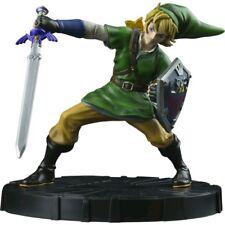 Dark Horse Deluxe The Legend of Zelda Skyward Sword Link Figure