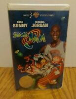 Space Jam Movie 1997 Warner Bros VHS With Michael Jordan Collectible Coin E1