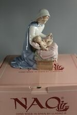 Nao by Lladro Porcelain Virgin Mary with Baby Jesus  01153