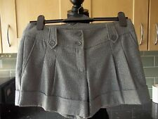 OASIS ... CUTE GREY / SILVER FLECK  SHORTS WITH STRETCH UK 8  EX CON