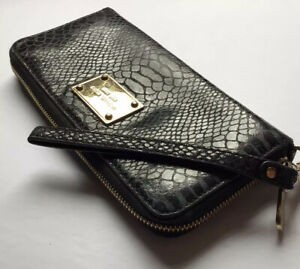Michael Kors Leather Zip Around Black Navy Snakeskin Print Case Wallet Clutch