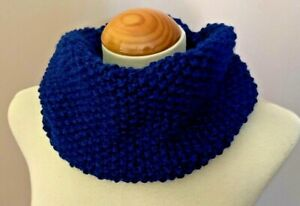 Hand Knitted Snood / Cowl - Luxurious Chunky Snood - Unisex - Navy Blue