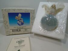 Charming Tails PEACE ON EARTH 2000 Dove on World Ornament