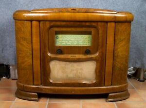 TELEFUNKEN, 1930'S RARE CONSOLE RADIO.